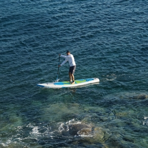 SUPsurfen mit aufblasbarem SUP Board