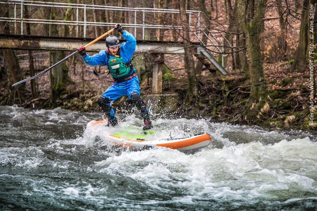 SUP auf dem Fluss, unser bestes Board dafür ist der SIREN snapper 10.2 HCT
