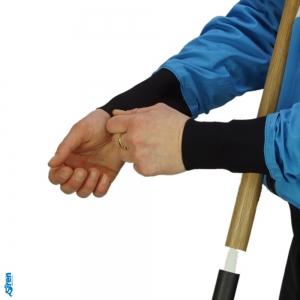 Trockene Armmanschette am SUP Anzug für Winterpaddeln von SIREN SUPsurfing
